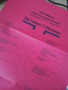 Der etwas andere Wahlzettel: Einladung zur Olaf-Matzel-Ausstellung im Hamburger Kunstverein.